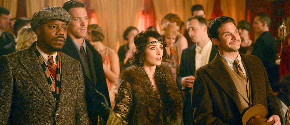 Characters in 1920s fashion in Timeless