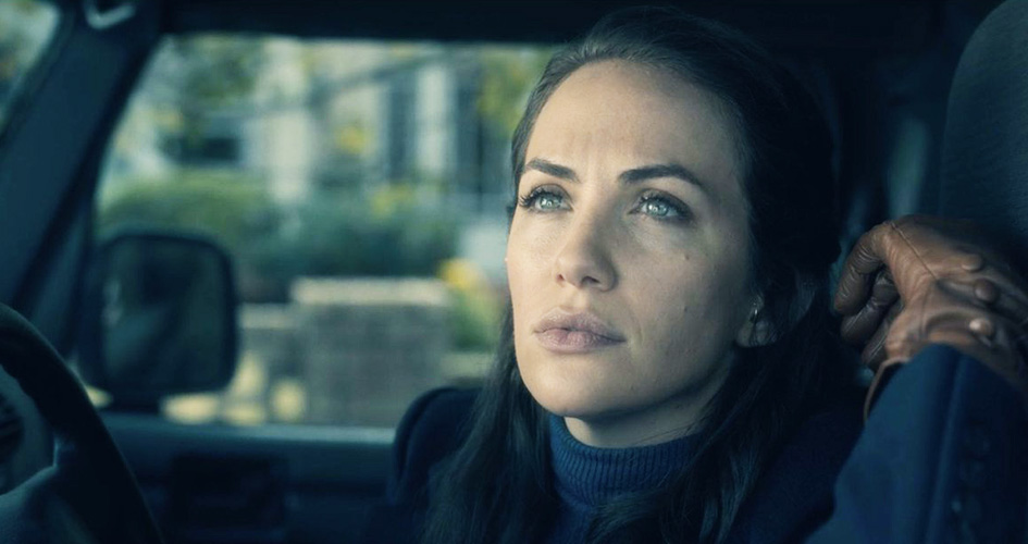 Kate Siegel in The Haunting of Hill House (Netflix)