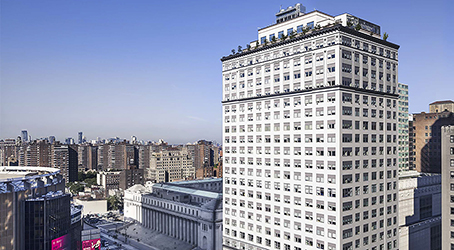 Exterior view of 5 Penn Plaza in New York City